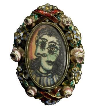 畢卡索為情人朵拉瑪爾親自設計並手工製作的一枚戒指,早前於倫敦蘇富比推拍,最終以逾58萬英鎊成交。