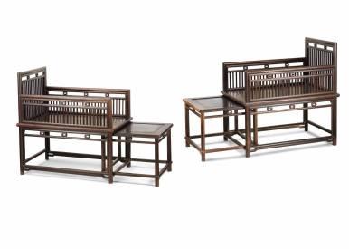 梳背躺椅一對 中國,可能於廣東,十九世紀 紫檀 高101 x 寬67.5 x 深98.5公分 雖然此對躺椅的重逢過程相對其他家具更為簡單,但也花了十年時間。第一件購於二十世紀九十年代晚期位於伊利近街的恒藝館(現址為香港荷李活道),另一件完整的躺椅則來自2010年紐約佳士得拍賣會。這對躺椅開拓了兩依藏仿竹製風格家具的收藏領域。