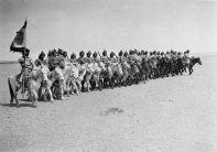 蒙古獨立運動領導者德王的護衛隊。 瓦特爾‧博薩特 內蒙古,1934/1936 年。 Bodyguard of Prince Teh Wang, leader of the independence movement in Mongolia. Walter Bosshard Inner Mongolia, China, 1934/36.