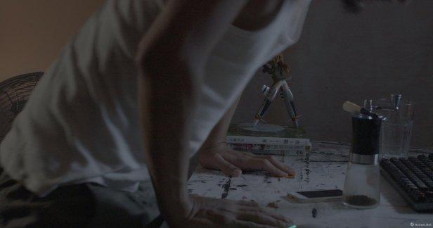 "王拓,《漩渦》,2018,三頻4K同步影像裝置,10'00"",劇照; 圖片由藝術家及安全口畫廊提供 Wang Tuo, Spiral, 2018, 3-channel HD video, 10'00"", video still; Courtesy to the artist and Gallery EXIT"