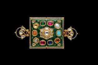Jewelled Bazu band Northeastern India c. 19th century H. 3.6 x W. 15.1 cm Susan Ollemans, London