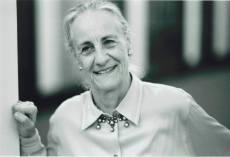 80多歲的 Angela Rosengart 仍具風采。Photo by Christian Scholz.