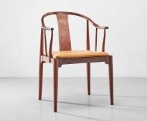 漢斯·韋格納(Hans J. Wegner) ,《〈中國〉扶手椅,型號FH4283》,1943年設計;估價:40,000 - 60,000港元。