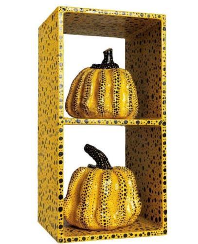南瓜 Pumpkins 草間彌生, 1982年作, 壓克力 木 綜合媒材 雕塑, 54.5 x 27.7 x 25.4 cm Yayoi Kusama, 1982, acrylic on wood and mixed media sculpture, 54.5 x 27.7 x 25.4 cm Courtesy to Christie's